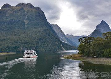 Taking a cruise into Milford Sound
